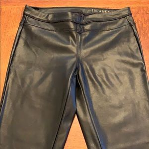 Blank NYC faux leather black leggings size 24